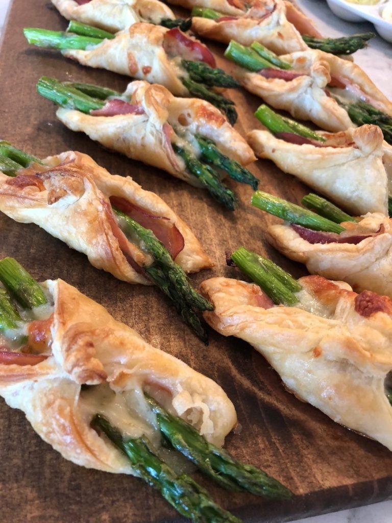 Asparagus+Bundles+Parcels+Puff+Pastry+prosciutto+Parmesan