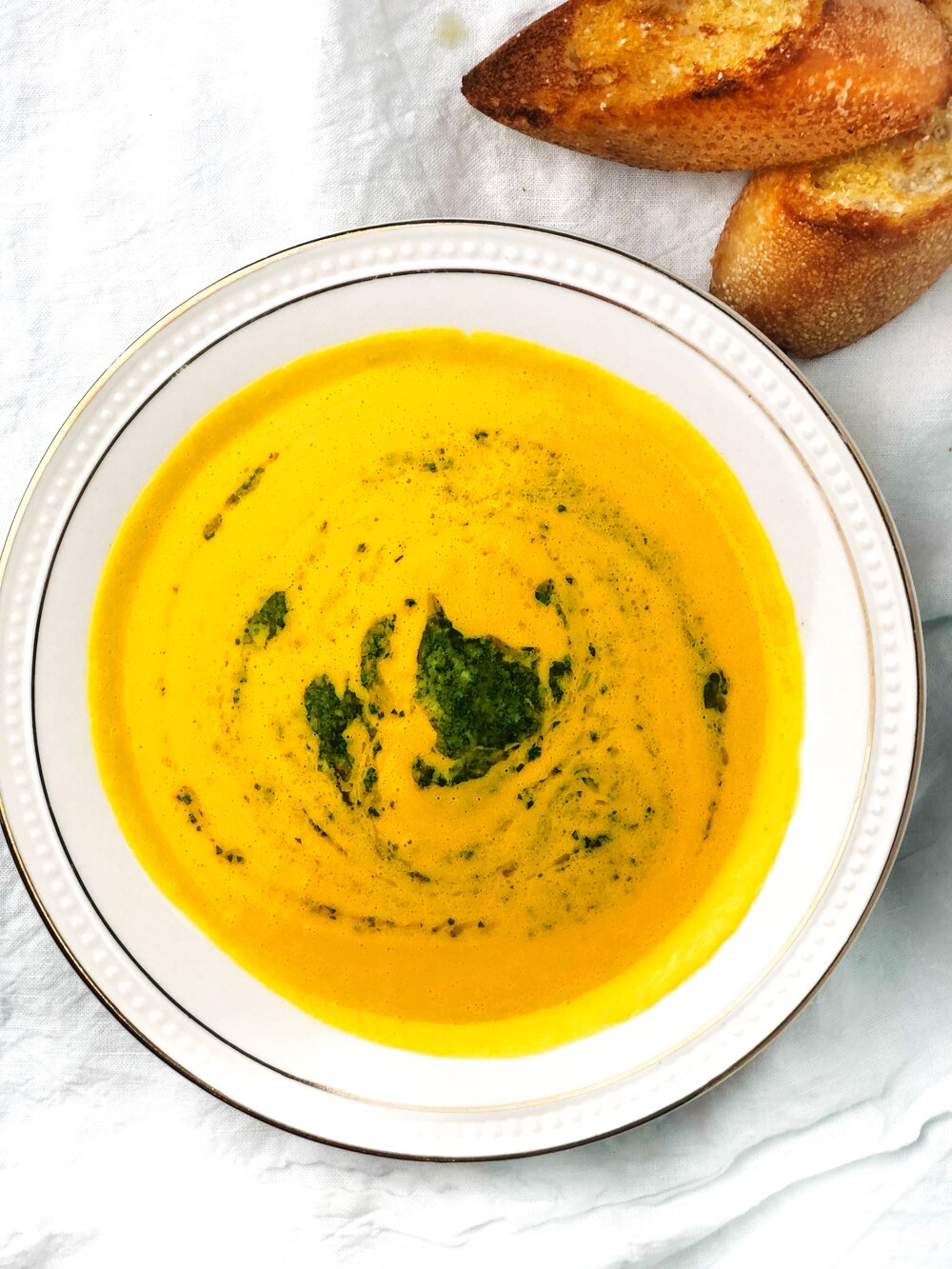 CARROT AND ACORN SQUASH SOUP