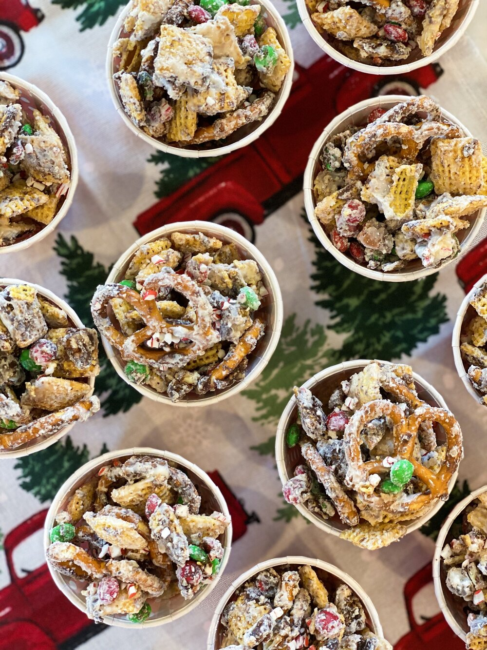 Festive Christmas Chex Mix (3).JPG