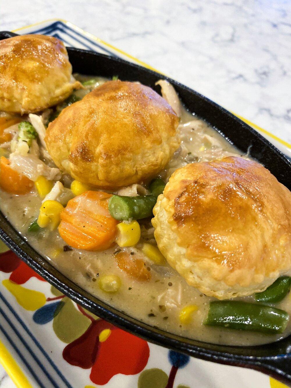 Quick an Easy rotisserie chicken Pot Pie