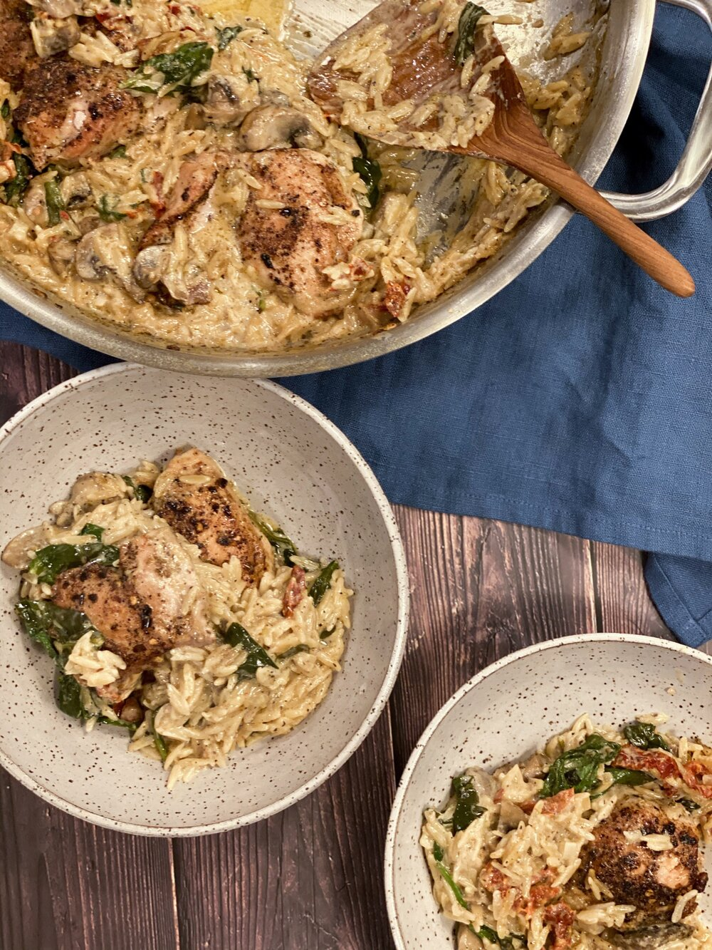 one pan chicken and sun-dried tomato orzo with spinach and mushrooms